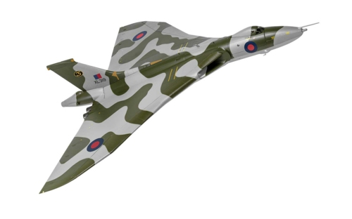 1/72 AVRO VULCAN B2 XM650 WADDINGTON WING RAF WADDINGTON LINCOLNSHIRE 1972